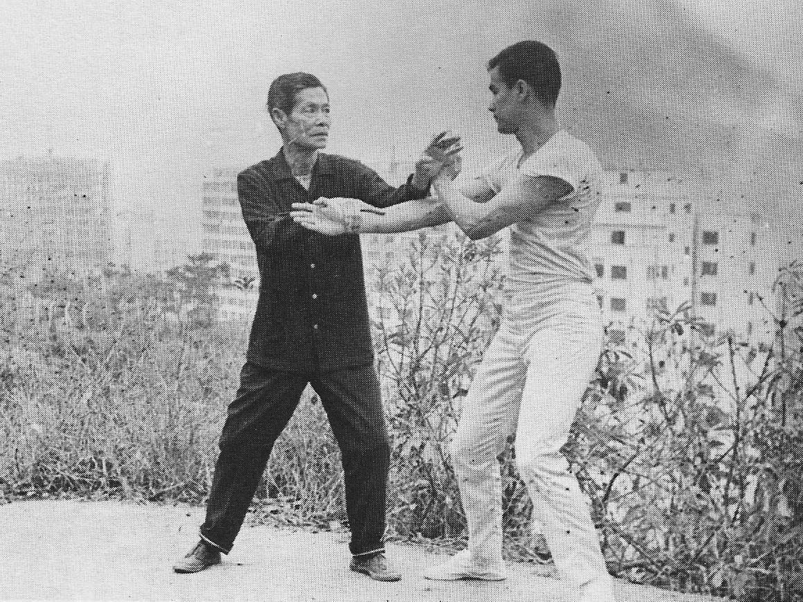 Lee Hoi Chuen, Bruce Lee