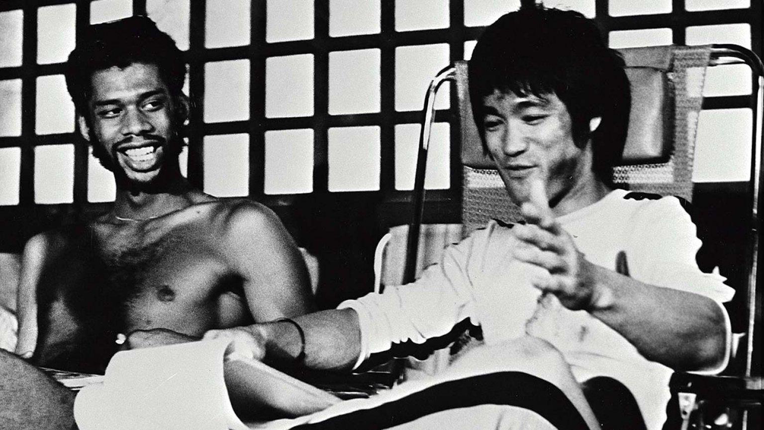 Kareem Abdul-Jabbar et Bruce Lee lors du tournage de «Game of Death» en 1978.